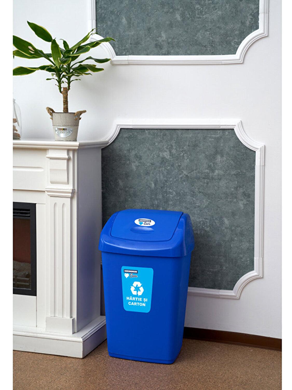 Purtarea unui sac de gunoi vă va ajuta să slăbiți atunci când vă antrenați