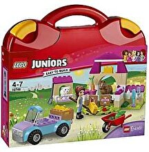 LEGO Juniors - Friends, Valiza de ferma a Miei 10746