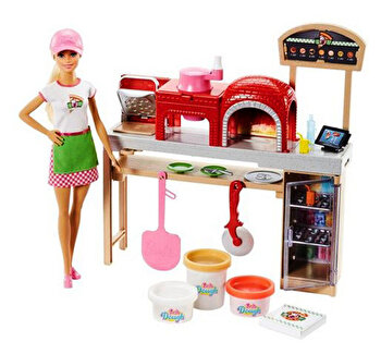 Papusa Barbie Pizza Chef de la Barbie