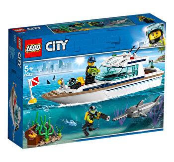 LEGO City, Iaht pentru scufundari 60221 de la LEGO