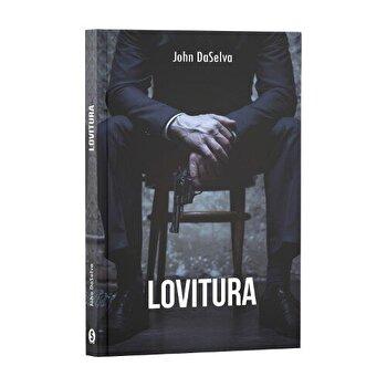 Lovitura/John DaSelva de la Stylished