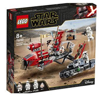 LEGO Star Wars, Urmarirea cu speederul Pasaana 75250 de la LEGO