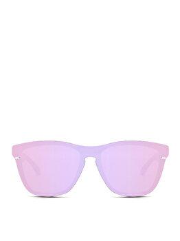 Ochelarii de femeie se intalnesc