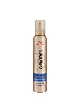 Spuma de par Wella Wellaflex Volume & Repair pentru fixare foarte puternica, 200 ml de la Wellaflex