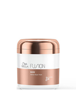 Masca de par Wella Fusion Intense Repair 150ml de la Wella Professionals