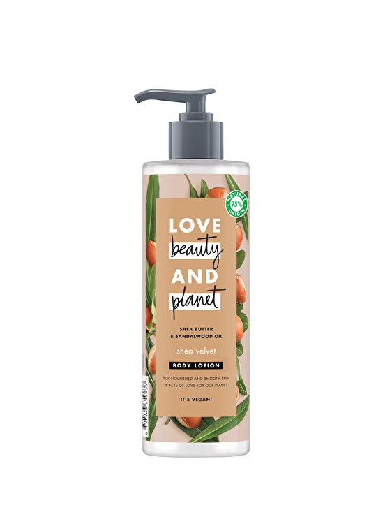 Lotiune pentru corp Love Beauty and Planet Shea Velvet Shea butter & Sandelwood Oil, 400 ml