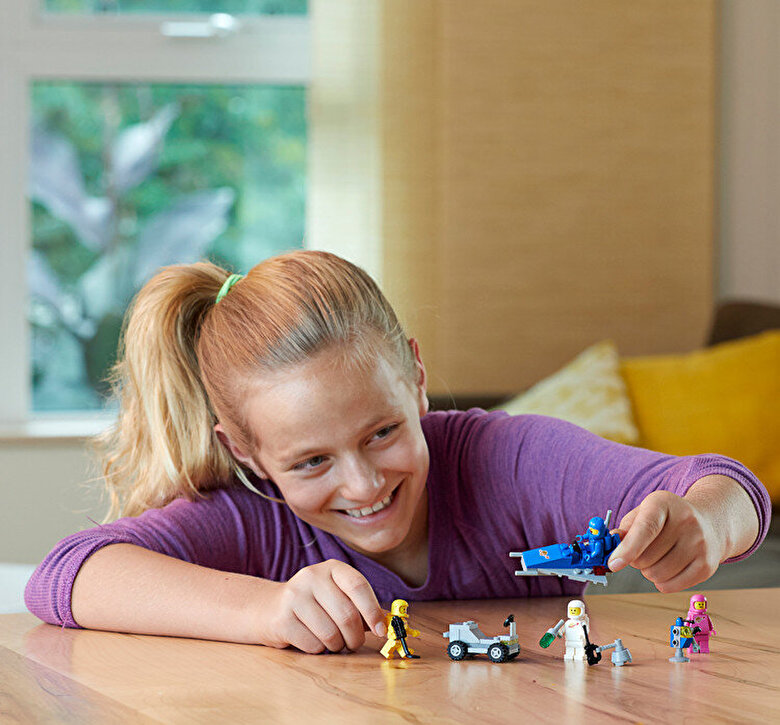 LEGO - LEGO Movie 2, Brigada spatiala a lui Benny 70841 -