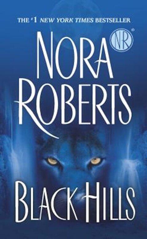 Nora Roberts - Black Hills, Paperback -