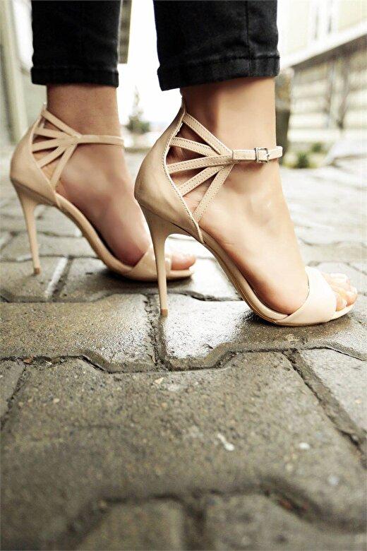 Incetopuk - Sandale cu toc Incetopuk 7YAZA0007 - Crem