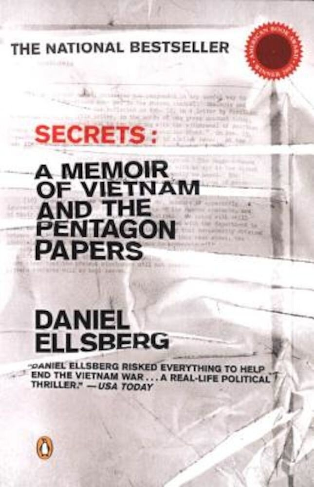 Secrets: A Memoir of Vietnam and the Pentagon Papers, Paperback