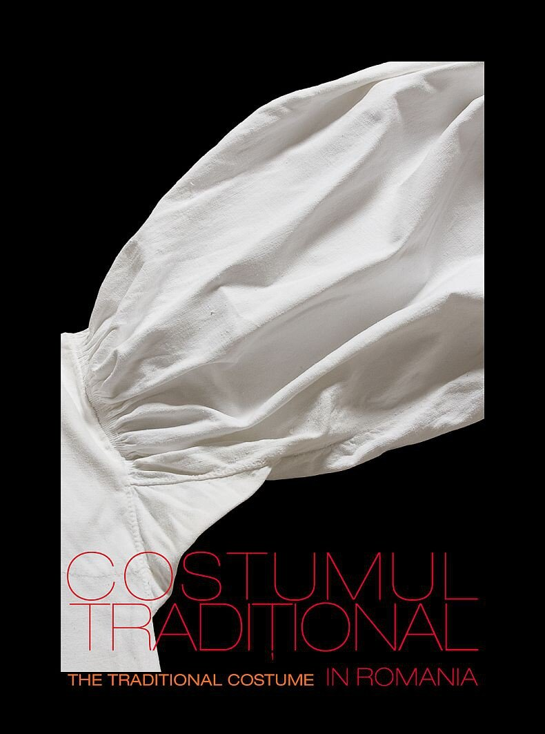 Costumul traditional in Romania; Traditional Costume in Romania (eBook)