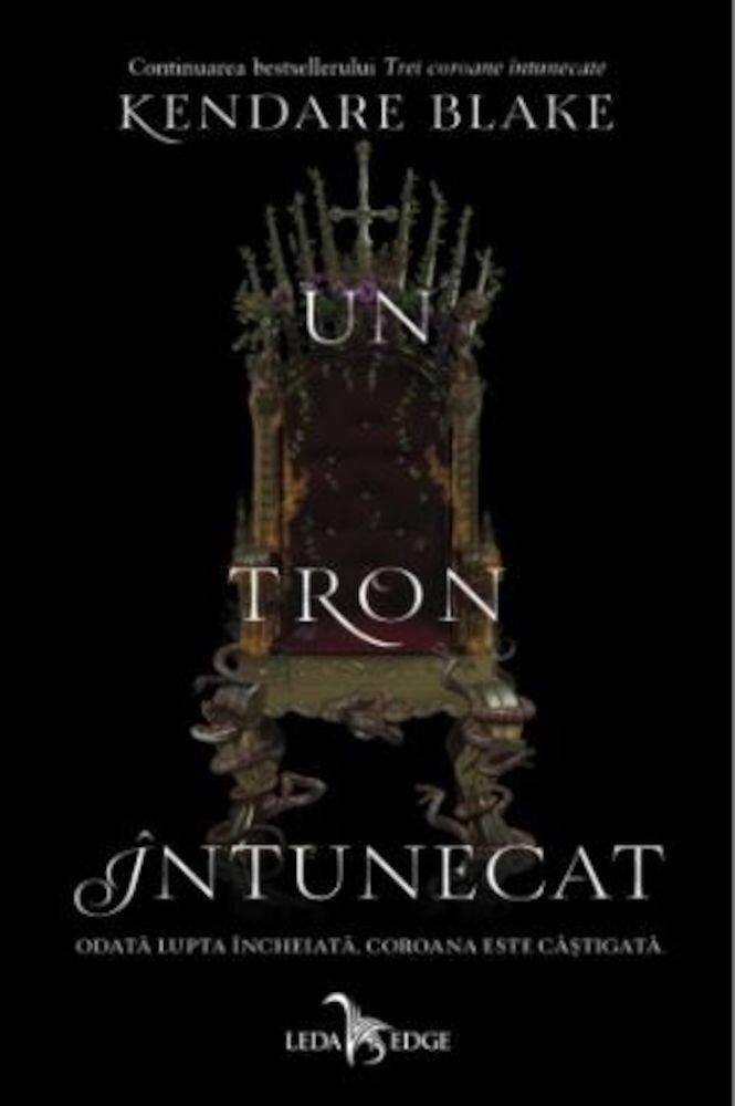 Coperta Carte Un tron intunecat. Vol.II