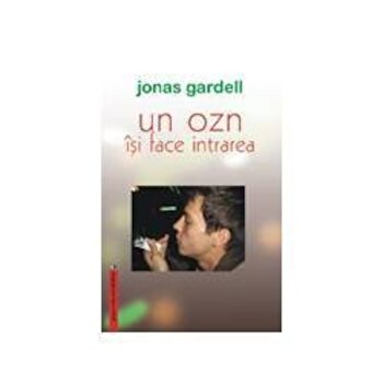 Un OZN isi face intrarea/Jonas Gardell imagine elefant 2021