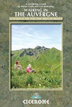 Walking in the Auvergne, Paperback/Rachel Crolla imagine
