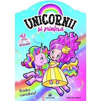 Printre curcubeie! Unicornii si printesa/***