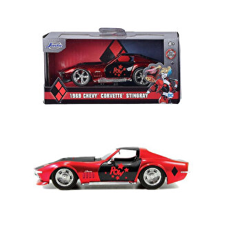 Macheta metalica Harley Quinn, Corvette Stingray 1969, scara 1 la 32