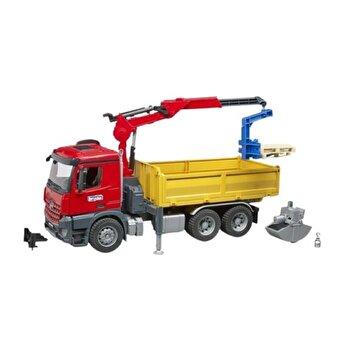 Jucarie Bruder, Construction - Camion de constructii cu macara Mercedes Benz Arocs si 2 paleti